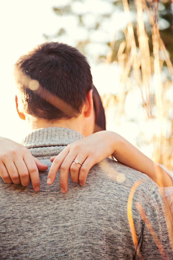 Engagement photo (love that ring!) // Photo by Shinano. #weddingphotographerminneapolis #engagementphotos