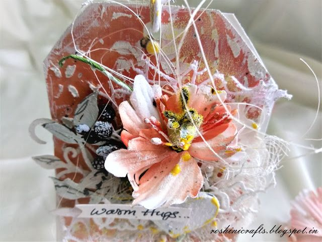Sweet Love tags with prima flowers