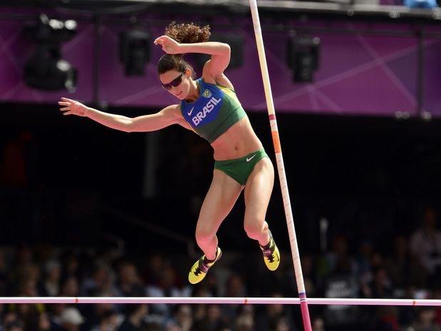 Uma das principais esperanças de medalha do Brasil nos Jogos Olímpicos de Londres, a saltadora Fabiana Murer decepcionou ainda nas eliminatórias do salto com vara  Foto: Bruno Santos/Terra
