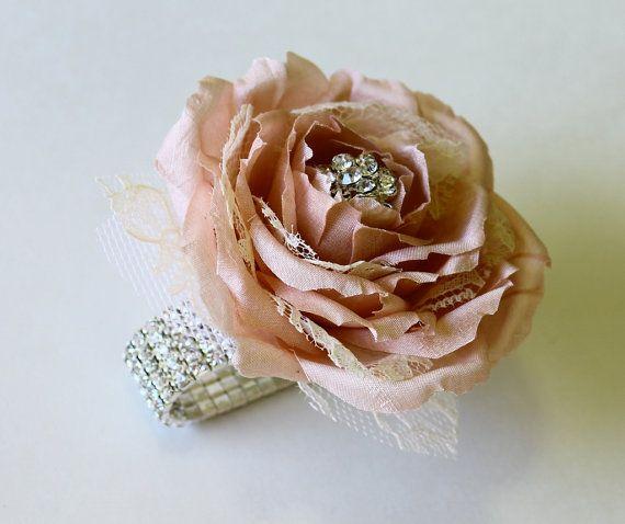 Wrist Corsage Blush Wedding Corsage Mothers di MGFloralDesign