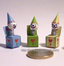 Vintage style toy ~  Jack-in-the-box (DIY) | Source: Burbujat