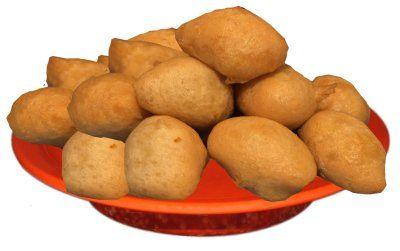 Un piattone di pittule salentine, frittelle di pasta croccanti e saporite.  www.nelsalento.com  - Salento Italy