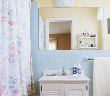 how to clean white tiles in bathroom