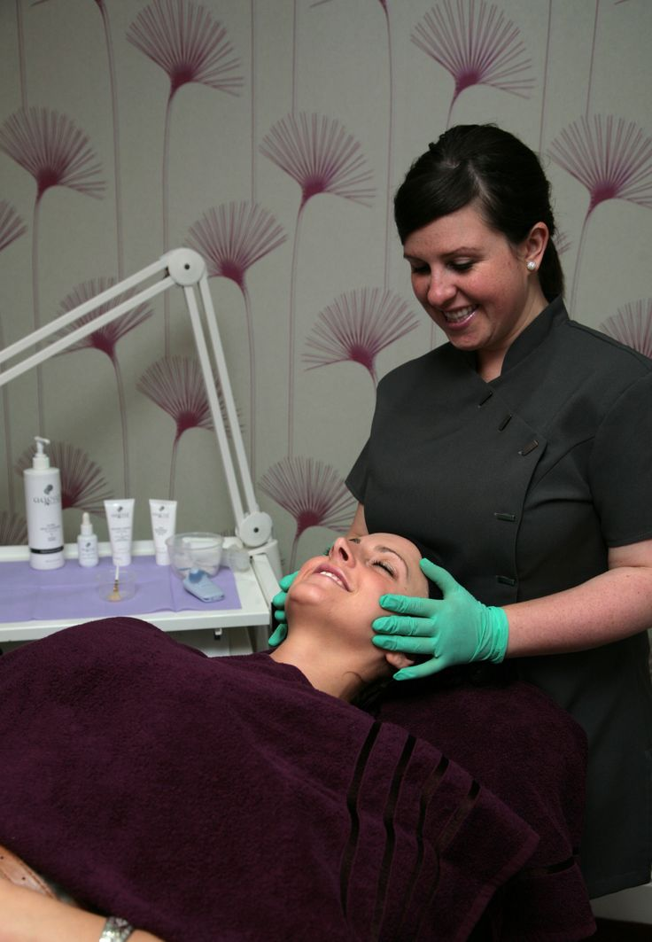 www.spabannockburn.co.uk. Agera Skin Peels are excellent for reducing acne scarring, pigmentation, congestion and leave your skin feeling amazing!