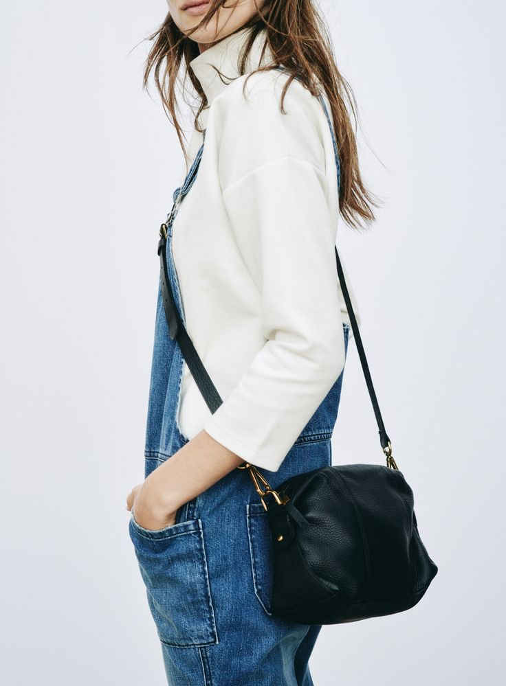 madewell park overalls worn with the mockneck top + mini glasgow bag. #denimmadewell