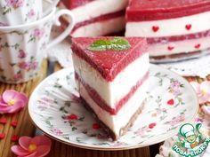Торт с мороженым и клубникой - кулинарный рецепт