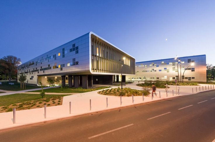 Agora | Architect Magazine | Brenac + Gonzalez, Poitiers, France, Office, Healthcare, New Construction