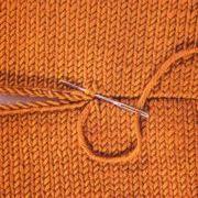 "Knitting Tip - ""Knit"" stitch (shoulder seam)"