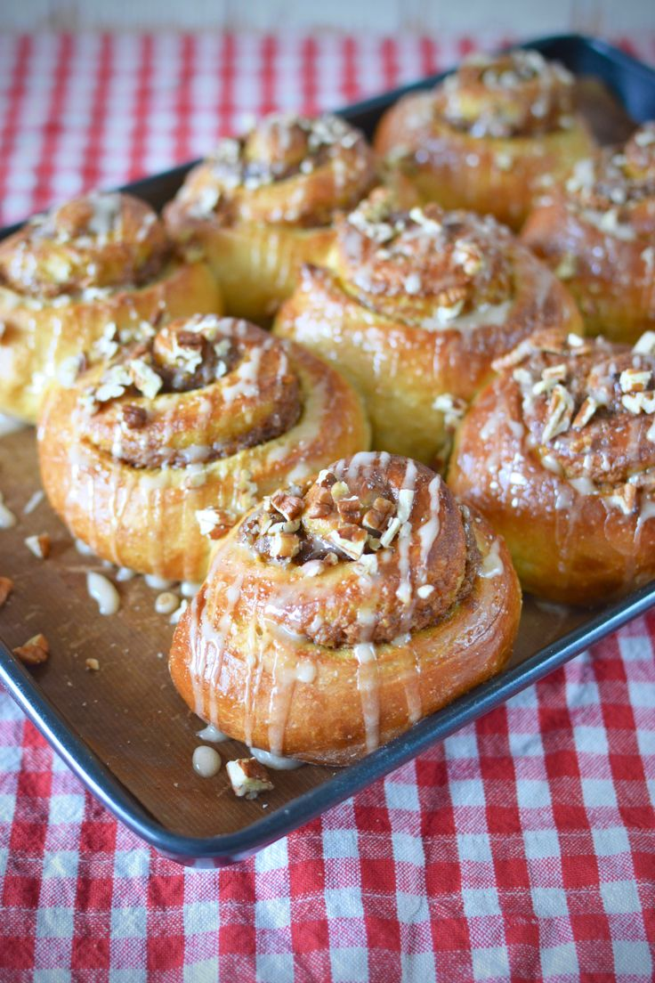 Toasted Pecan and Pumpkin Rolls with Maple Syrup Glaze