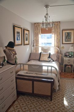 Beautiful Small Bedroom Layout, Art Over The Bed And Curtains Behind The Bed. Plus The