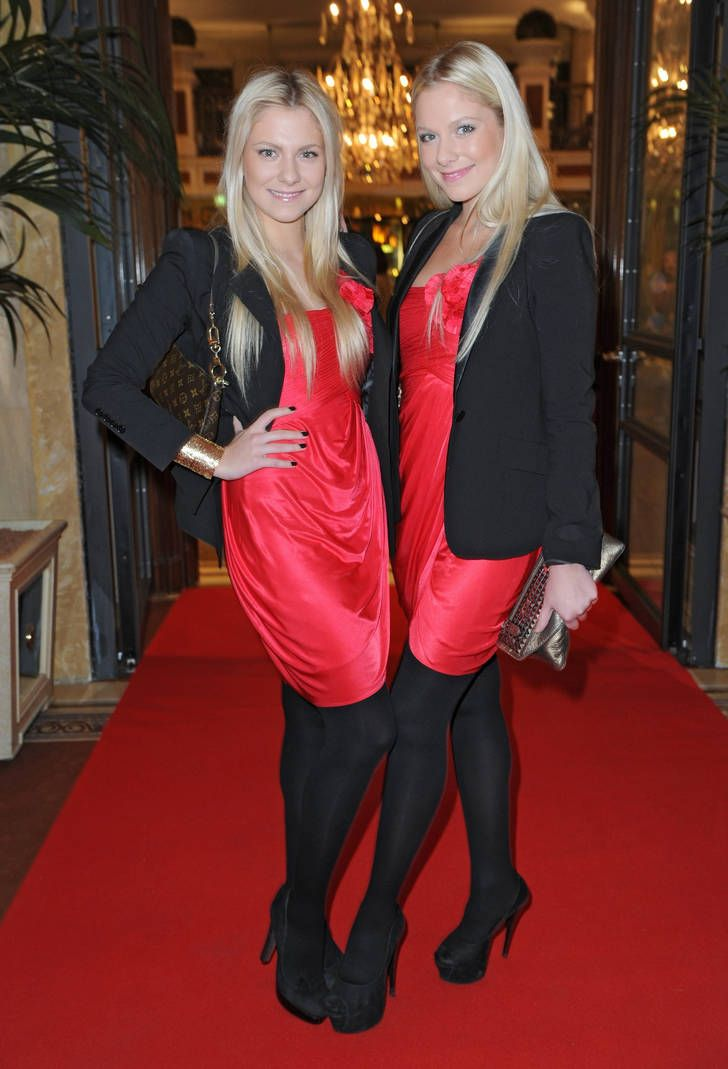 Valentina & Cheyenne Pahde in black opaque pantyhose, heels and bright red silk dress