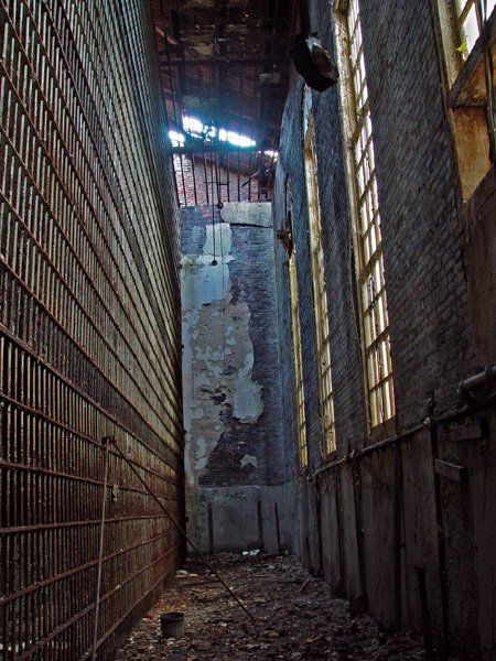 Old Essex County Jail Located in Newark, NJ US      Also Known As:Newark Street Jail, Essex County Jail Complex     Location Genre:Local / County Jail      Built:1837     Opened:1837     Age:177 years     Closed:1989     Demo / Renovated:N/A     Decaying for:25 years     Last Known Status:Abandoned