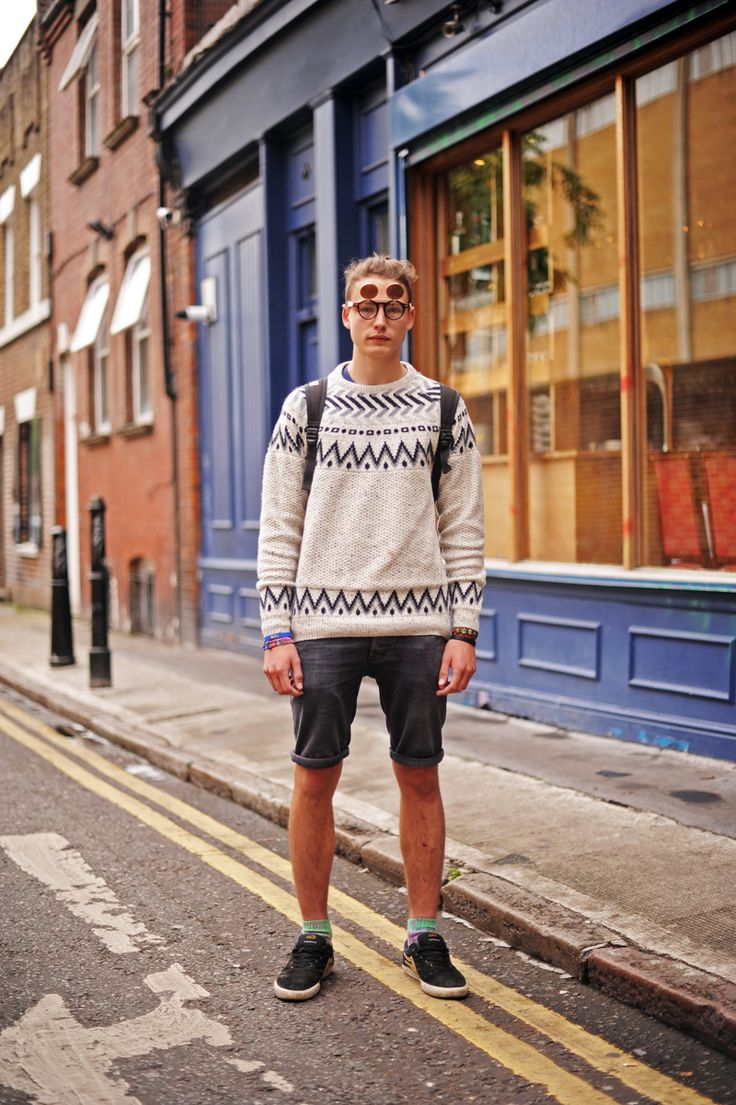 45 Best Men In Shorts Images On Pinterest Men 39 S Clothing Guy Fashion And Male Fashion
