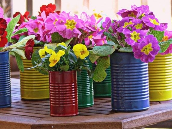 Easy DIY Flower Pots... Maybe as a Table Centerpiece, or Maybe as Decor in the Kitchen or Living Room