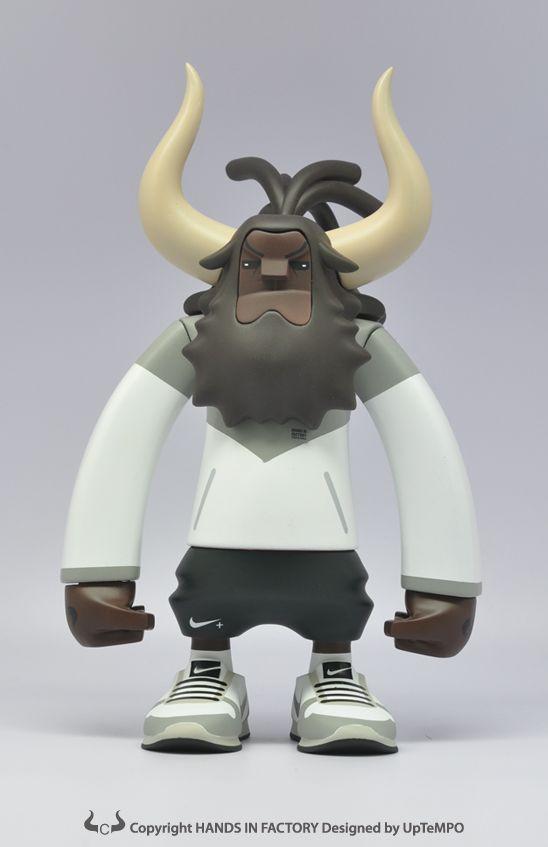 """Hands in Factory está por lanzar toys de vinyl de los personajes de """"Running Horns"""", creados por UpTempo para Nike.    Pueden preordenarse en este link (en coreano):http://www.uptempo.co.kr/      Estos son algunos de las ilustracione"""