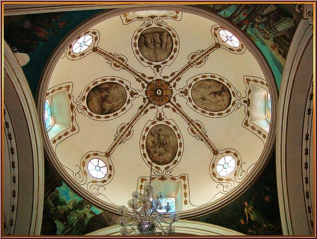 Interior, detail of the dome, the main temple -- Templo de San Diego