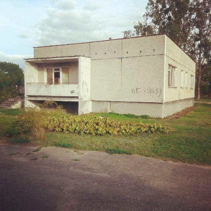 Summer house,  Bydgoszcz, Poland via Svobo