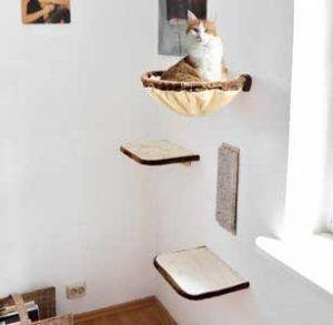 L'arbre à chat : le summum du bonheur pour votre chat ! Mais pas forcément pour votre déco ou votre portefeuille… Pour remédier à tout ça, on vous propose 5 solutions pour créer soi-même un arbre à chat.
