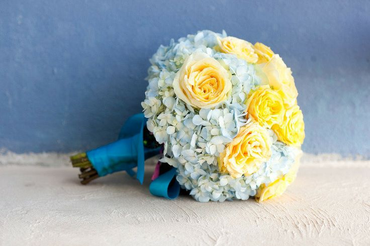 Make your bouquet your something blue.: Wedding Yellow And Blue, Dream Weddings, Wedding Bouquets, Blue Yellow Wedding, Bride Bouquets, Wedding Flowers, Blue And Yellow Wedding Ideas, Robinroemer Com Read, Destination Weddings