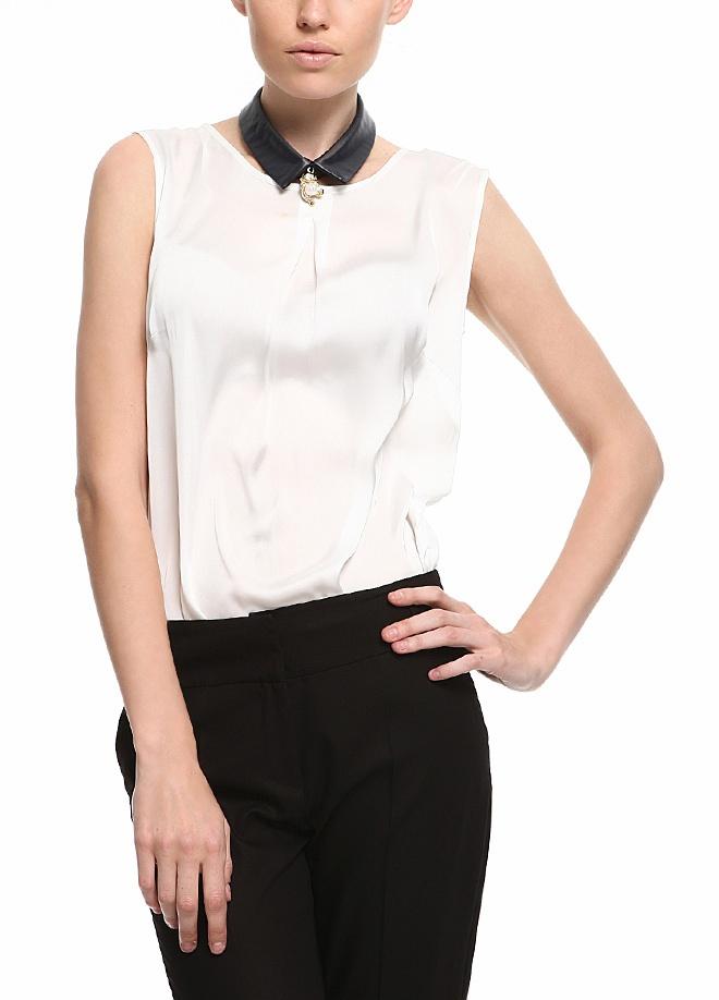 Ece Sükan - SHE'PSY Bluz Markafoni'de 64,90 TL yerine sadece 34,99 TL! Satın almak için:  https://www.markafoni.com/account/lp/pinterest/?next=/product/2862580/