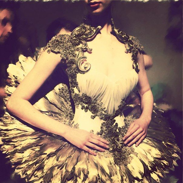 17 best images about fashion history on pinterest for Haute couture history