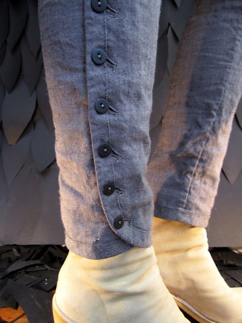 Buttoned pant detail