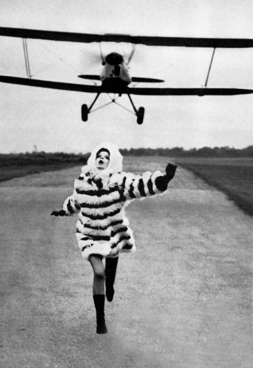 Photo by Helmut Newton 1967.     Reminds me of North by Northwest only with this abominable fashion ;)
