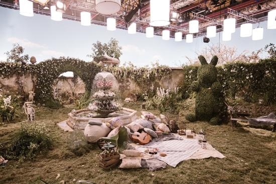 goldielocksandcupid: Palmbrokers - Enchanted Woods Prop Hire LOVE