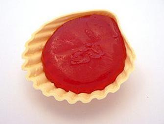Roudoudou - Le bonbon en forme de coquillage qui était trop chiant à manger, on s'en foutait partout et on finissait par se couper le coin des lèvres !