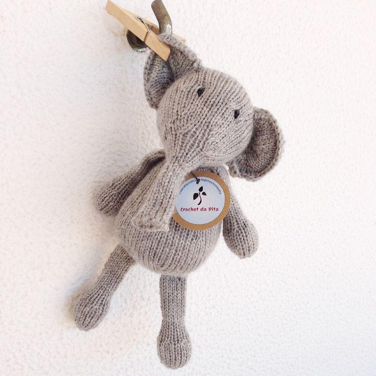 pronto para envio - peluche musical - prenda recém-nascido - brinquedo bébé musical - Elisa a romântica by crochetdadita on Etsy