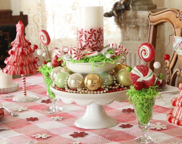 fun center pieceCenterpieces Ideas, Christmas Parties, Christmas Decor Ideas, Christmas Tables Sets, Christmas Centerpieces, Christmas Holiday, French Laundry, Tables Decor, Parties Centerpieces