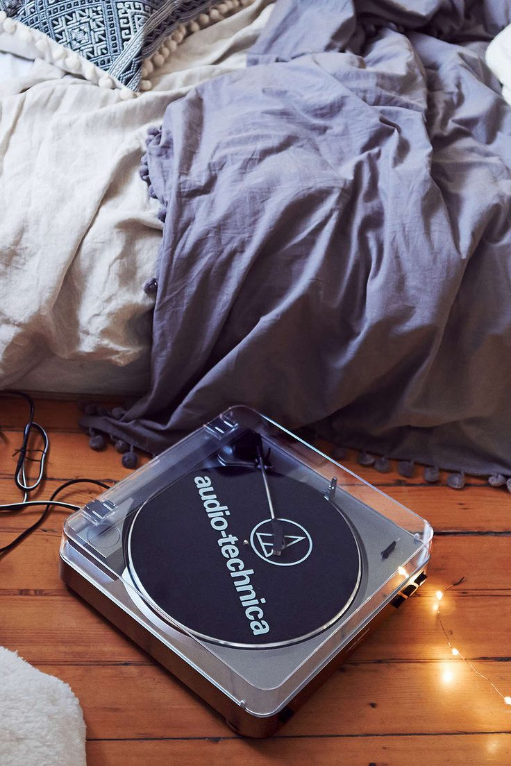 Audio Technica AT-LP60 Vinyl Record Player at #UrbanOutfitters #UOonCampus and #UOContest