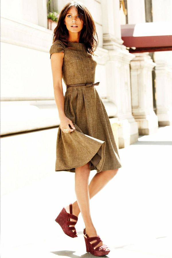 Tweed dress with red shoes