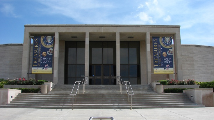 Harry S. Truman Library | Places that I have Visited/Lived ...