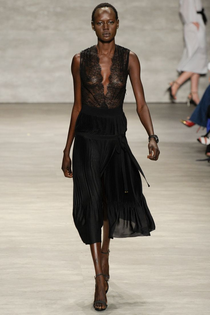 Tome Spring 2015 Ready-to-Wear Fashion Show - Ajak Deng