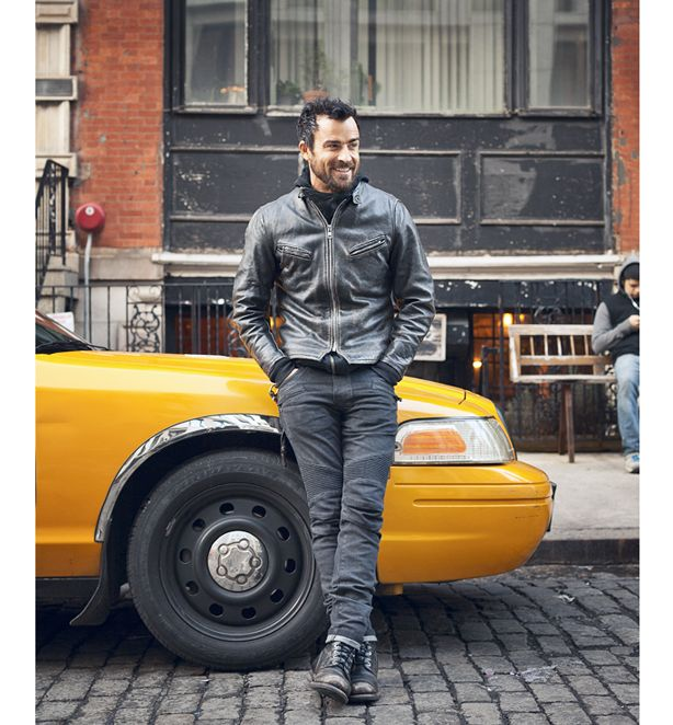"""How I Dress Now: Justin Theroux The writer and actor on the merits of """"winter from the waist down"""""""