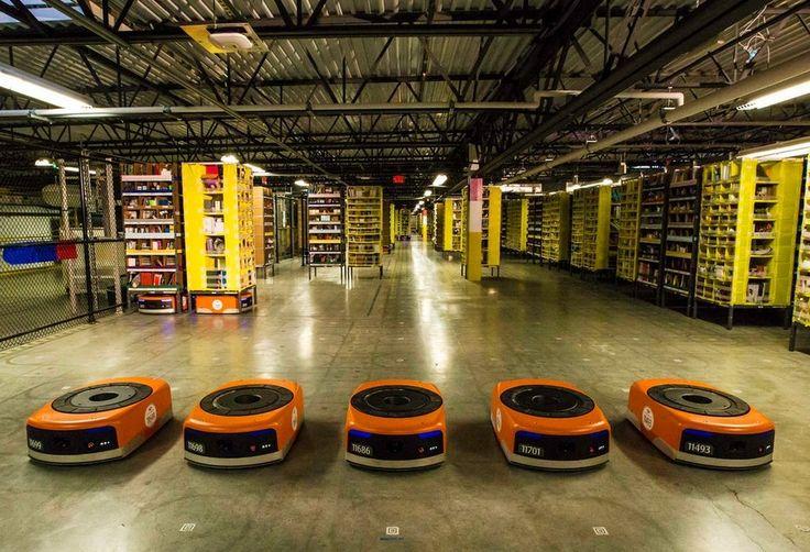 Już 30 000 robotów w halach Amazonu