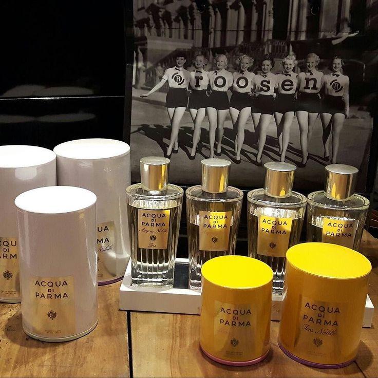 Voor onze lieve dames... Naast de bekende Acqua Di Parma producten voor heren hebben wij ook een uitgebreide keuze voor dames. #roosen #leuven #ladies #fragrance #acquadiparma