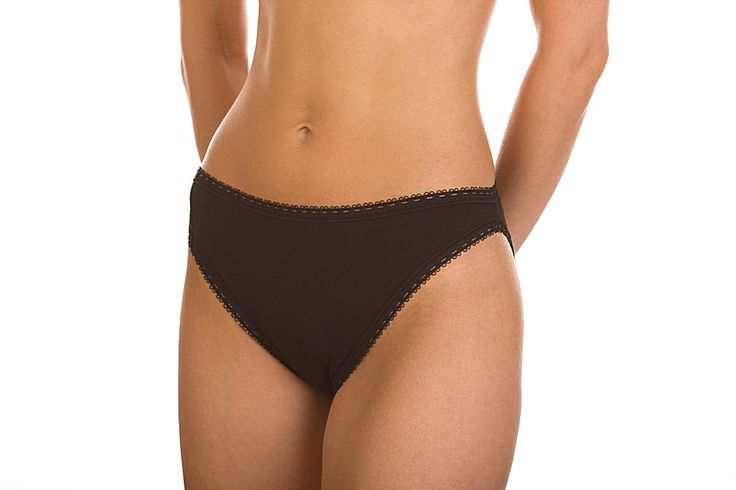 Low-waisted brief has been studied to give the max comfort and protection to the person wearing it during the menstrual flow. This model is carried out in elasticized cotton and it is united in double layer in the softer part of the gusset to a soft natural latex sheet developing the action of further protection coupling with the sanitary-pad during the flow days. http://www.paramedicalshop.com