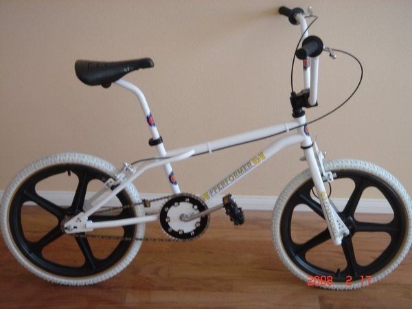 1984 GT Pro Performer I had this exact bike only with white mags....