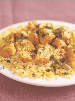 Vegetarian Korma using Quorn. Looks pretty good.