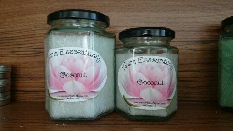 MEDIUM AND LARGE JARS PALM WAX CANDLES  TO ORDER  yoursesscentually@gmail.com  OR   www.facebook.com/yoursesscentually