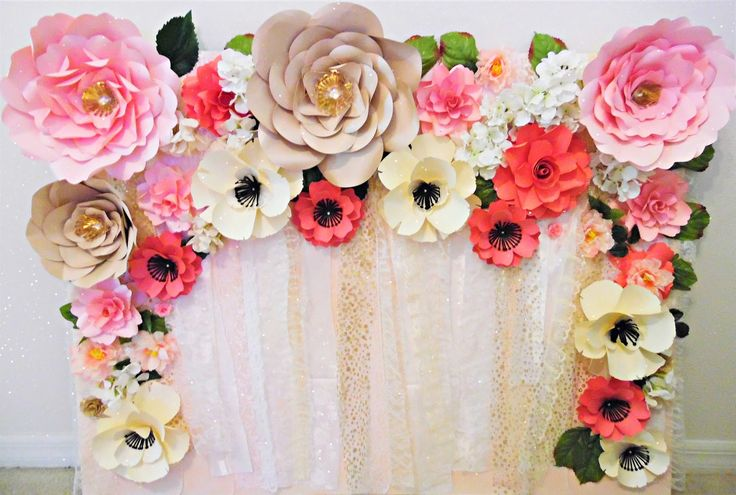Mama's Gone Crafty: Easy Paper Flower Backdrop instructions with paper flower templates and tutorial. #love