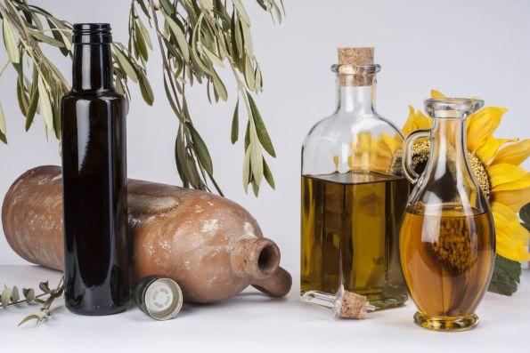En Juvasa encontrarás la botella ideal para las distintas variedades de aceite.