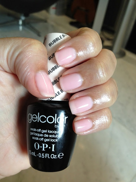 My regular OPI gelcolor - Bubble Bath. 2 coats layered over french white.