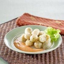 Cilok wortel ayam keju, camilan enak yang sehat. Jangan ragu untuk melihat resepnya.