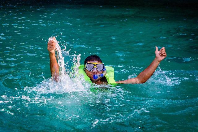 4 Bahaya Saat Snorkeling Yang Sering Disepelekan!