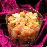 Tartare aux deux saumons, pistaches et baies roses »