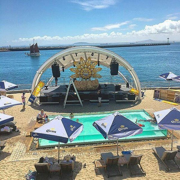 Set up for Oliver Schories at Shimmy Beach Club