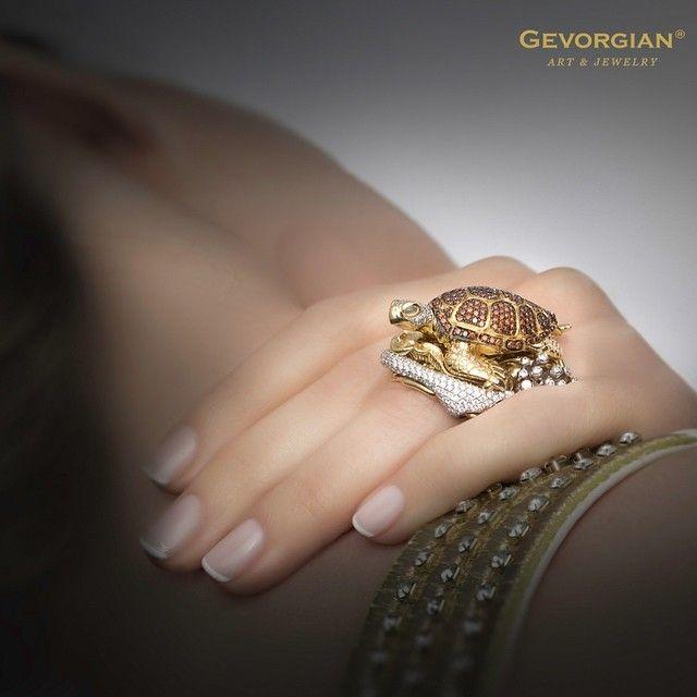 """Кольцо """"Черепаха"""" #GEVORGIAN #finejewellery #highjewelry #черепаха #кольцо #luxury www.gevorgian.ru"""